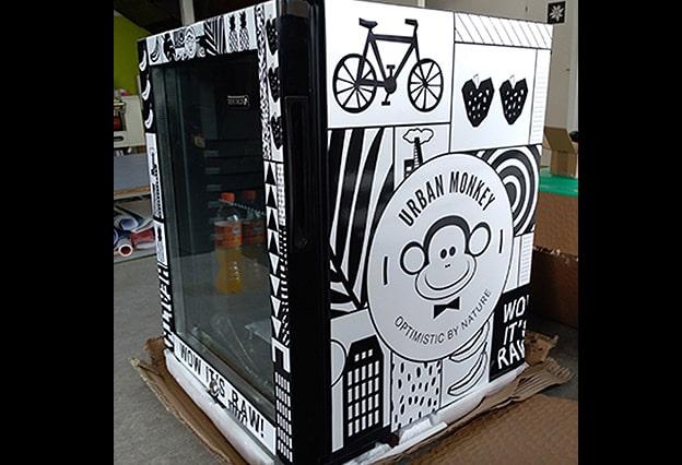 Digitaldruck Urban Monkey Kühlschrank