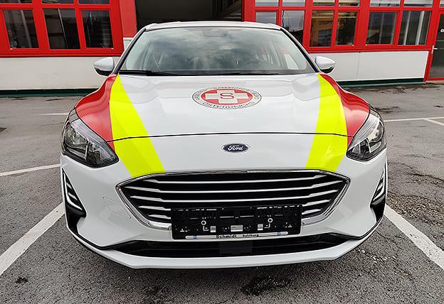 Fahrzeubgeschriftung Samariterbund neuer Ford Focus