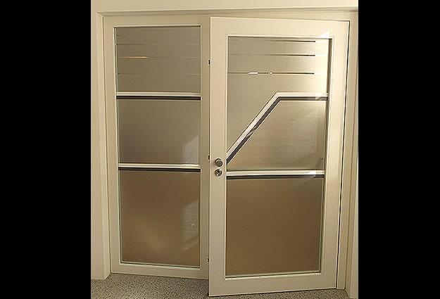 Gegenlaufschutz Milchglasfolie Glastüren