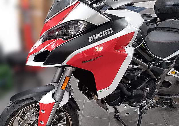 Motorrad Designfolierung