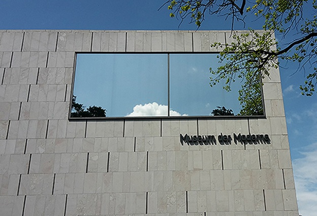 Sonnenschutzfolie Fenster Museum