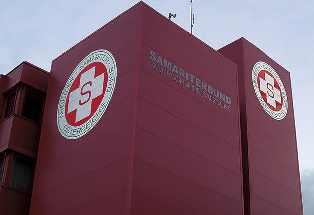 Schild Samariterbund Fassadenschild