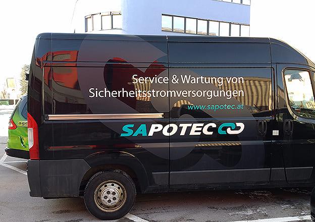 Firmenfahrzeug Beschriftung Sapotec